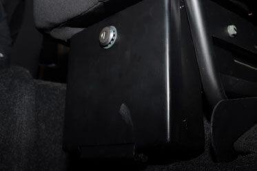 Lockable Glove box beneath co-driver seat