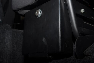 Lockable Glove box beneath co-driver seat